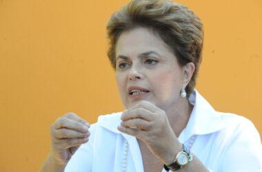 Dilma aprova novas regras para aposentadoria, mas veta desaposentação
