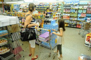 Índice de Confiança do Consumidor volta a crescer em janeiro