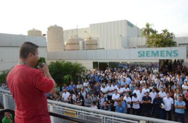 Horários e benefício pautam assembleia na Siemens