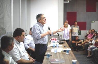 Sindicato recebe o jornalista Paulo Henrique Amorim