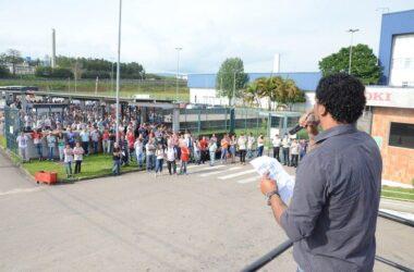 Trabalhadores da OKI aprovam PLR  e calendário de compensações