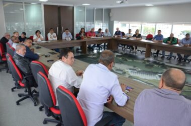 Intersindical se reúne para traçar planos da Greve Geral