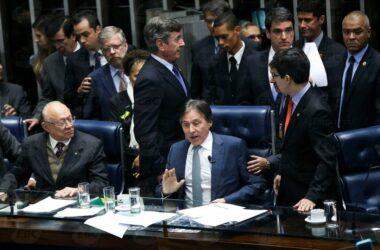 Senado aprova texto-base da reforma trabalhista com 50 votos a favor