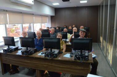 Inscrições abertas para o curso de informática para aposentados, adultos e jovens