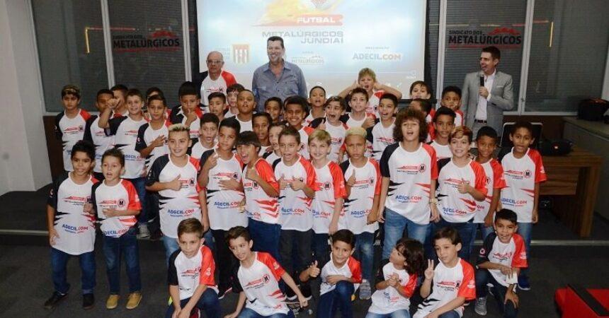 Metalúrgicos Futsal faz apresentação das equipes de iniciação para o Campeonato Paulista