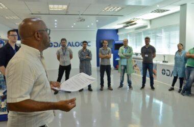 Datalogic: trabalhadores aprovam calendário de compensações e PLR