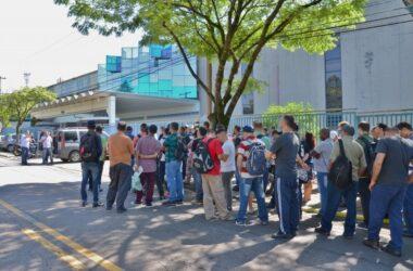 Trabalhadores da EBF Vaz voltam às atividades e aderem estado de greve