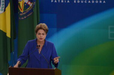 Dilma Rousseff anuncia pacote de medidas anti-corrupção