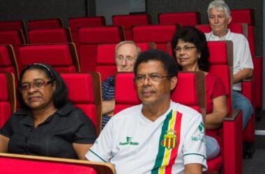 CineArte conquista aposentados metalúrgicos