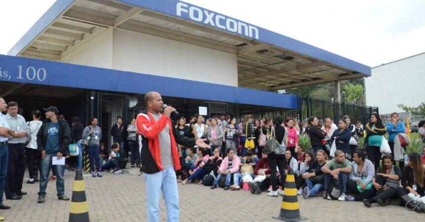 Trabalhadores da Foxconn rejeitam alterações nos benefícios e valor da PLR