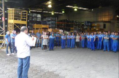 Redução de jornada garante emprego de trabalhadores na Alpino