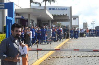 Trabalhadores da Böllhoff aprovam proposta de manutenção do emprego