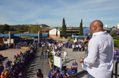 Nova jornada de trabalho garante empregos na Sifco