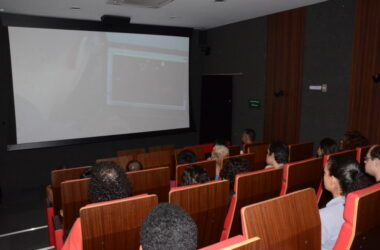 "CineClube: cinéfilos apreciaram e debateram ""Vozerio"""
