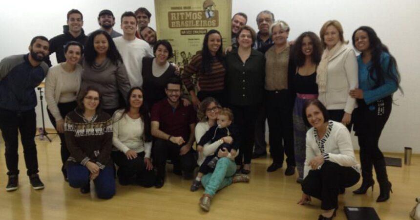 Madrigal canta a beleza dos ritmos brasileiros no auditório do Sindicato