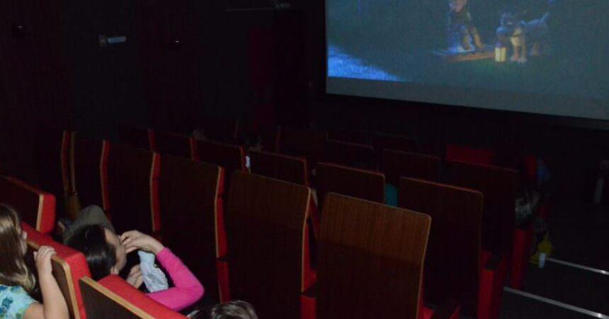 """""""Frozen, Uma Aventura Congelante"""" aquece a Sessão Pipoca especial"""