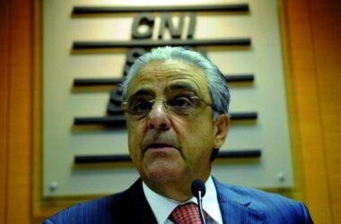 Sindicalistas reagem à proposta da CNI de aumentar a jornada de trabalho
