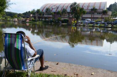 Lago grande e piscinas reabrem em setembro