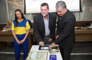 Em seus 70 anos, Sindicato lança selo, carimbo, revista e aplicativo