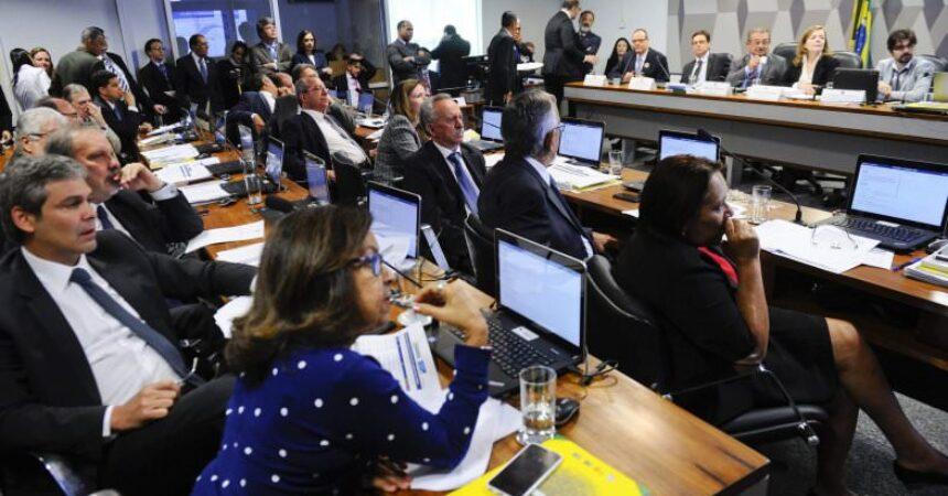 Oposição apresenta propostas alternativas à PEC dos Gastos Públicos