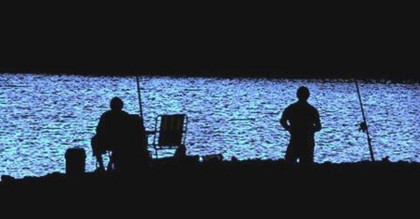 No dia 14/12 tem pesca noturna no Lago Grande