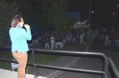 Trabalhadores da Deca fazem protesto por PLR