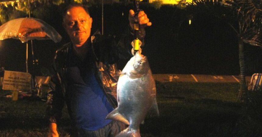 Pesca noturna no Lago Grande