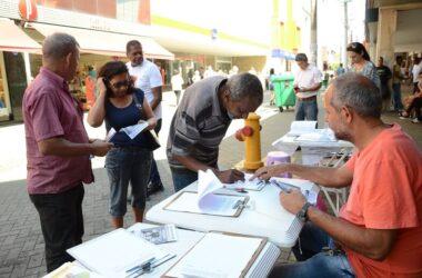 Movimento Sindical coleta assinaturas contra a Reforma da Previdência