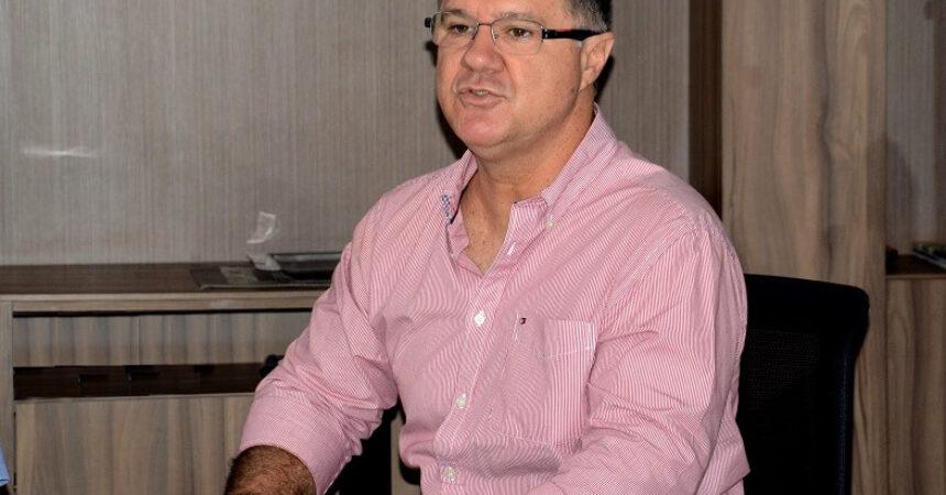 Ex-ministro da Previdência, Carlos Gabas, visita o Sindicato