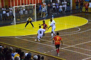 Jundiaí leva vantagem contra Sorocaba na decisão da Copa TV TEM