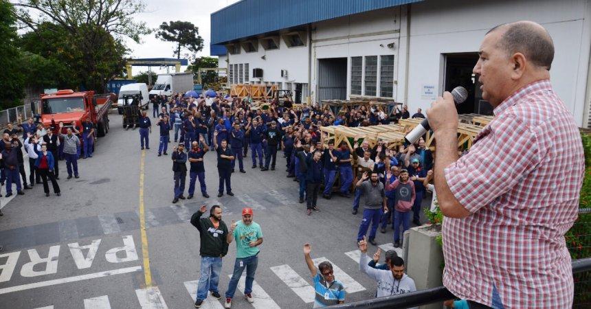 Trabalhadores da KSB aprovam calendário de compensações de 2019