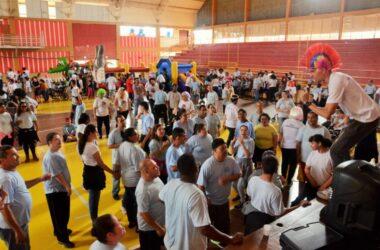 Crianças da APAE – Várzea Paulista fazem a festa no Clube de Campo