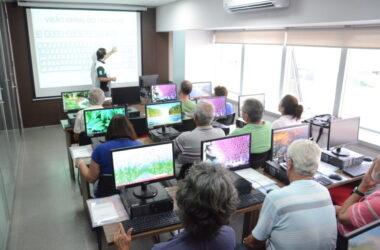 Escola do Metalúrgico: novos módulos de Informática e Smartphone para aposentados